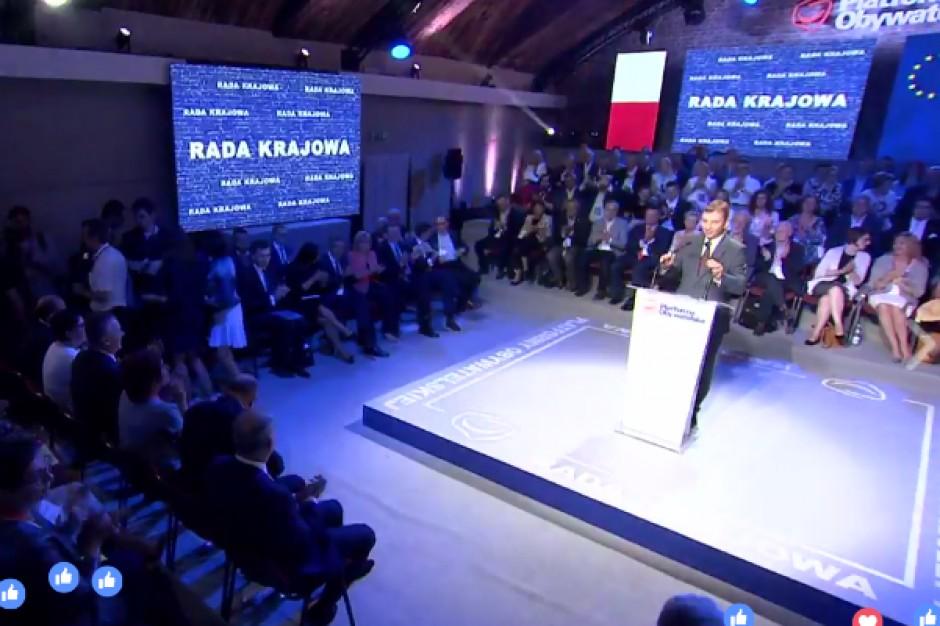 Grzegorz Schetyna na Radzie Krajowej PO: Ustawa o Regionalnych Izbach Obrachunkowych ma uderzyć w niezależny samorząd