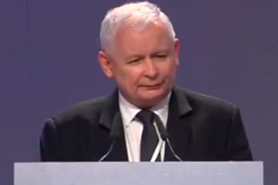 Jarosław Kaczyński na kongresie PiS: wprowadzenie sieci szpitali to zabieg trudny, ale przynoszący efekty