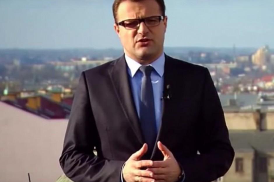 Dochodzenie ws. pobicia młodego działacza PiS z Radomia i doniesienie prezydenta miasta do ABW