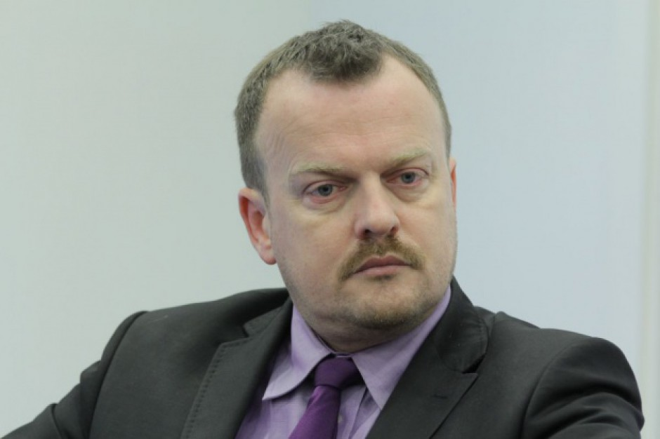 Prezydent Sosnowca apeluje do rządu ws. kolei metropolitalnej