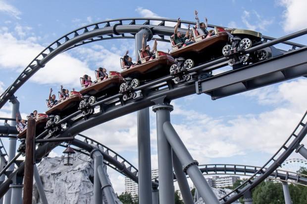 Lech Coaster wznosi się na wysokość 40 metrów (fot.mat.prasowe)