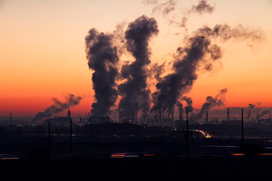 GUS o emisji pyłów w Polsce. Stężenia od lat spadają