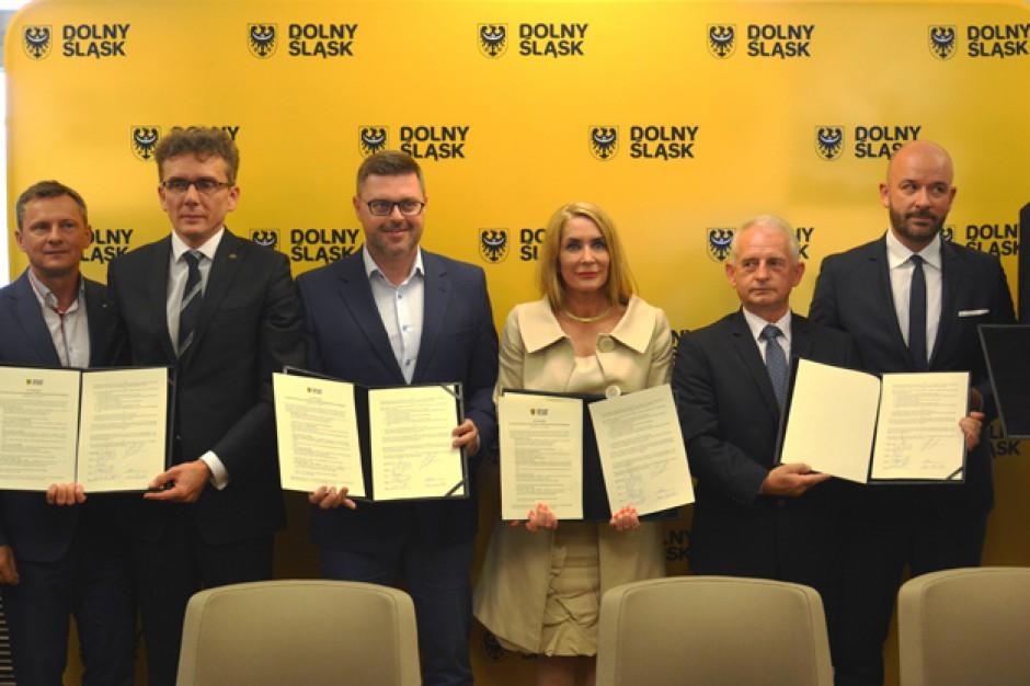 Wrocław. Podpisano list intencyjny ws. budowy hali lekkoatletycznej