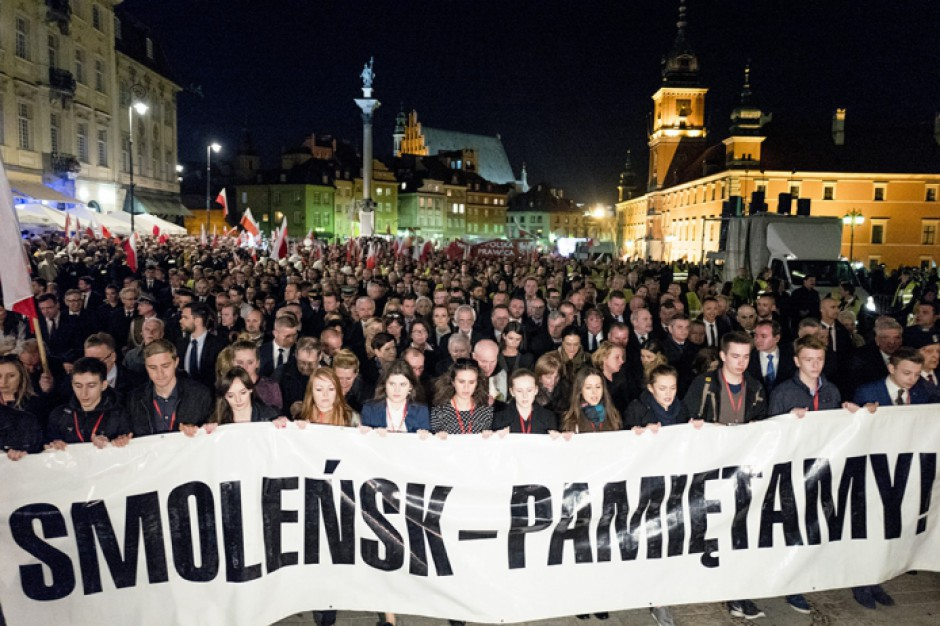 Tomasz Siemoniak o kontrmanifestacji smoleńskiej w Warszawie: Wolność demonstrowania nie powinna być ograniczana