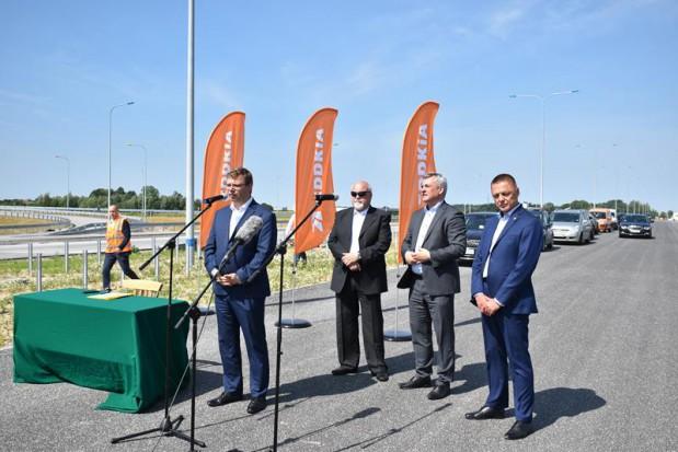 Inwestycje drogowe na Warmii i Mazurach: Nie tylko wielomilionowe kontrakty