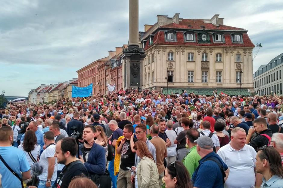 Manifestacje w Warszawie: Są wnioski o ukaranie 44 osób