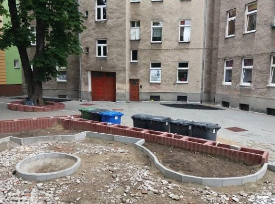 Szczecin buduje zielone podwórka