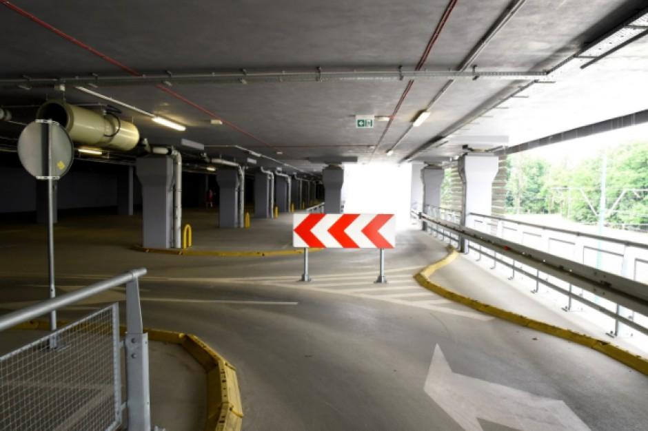 Poznań: 240 nowych miejsc parkingowych pod Kaponierą