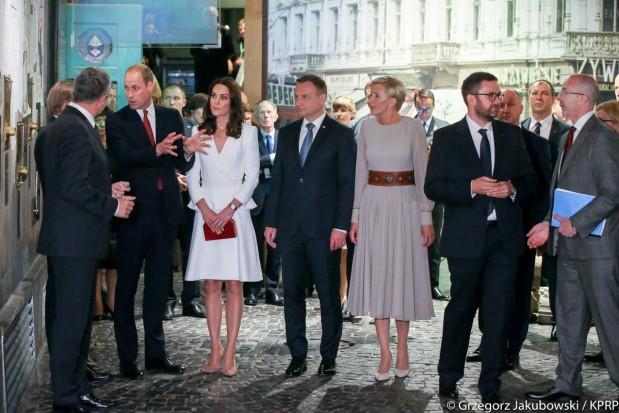 """William i Kate w Muzeum Powstania Warszawskiego: """"Będziemy pamiętali"""""""