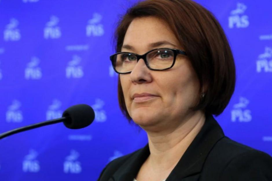Beata Mazurek o referendum oświatowym: Wniosek celowo miał wprowadzić chaos w szkole?