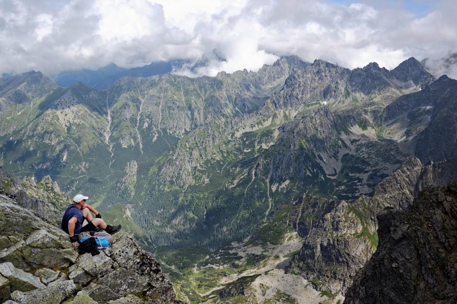Tatry: Bezpłatne zdroje wody pitnej dla turystów przy tatrzańskich szlakach