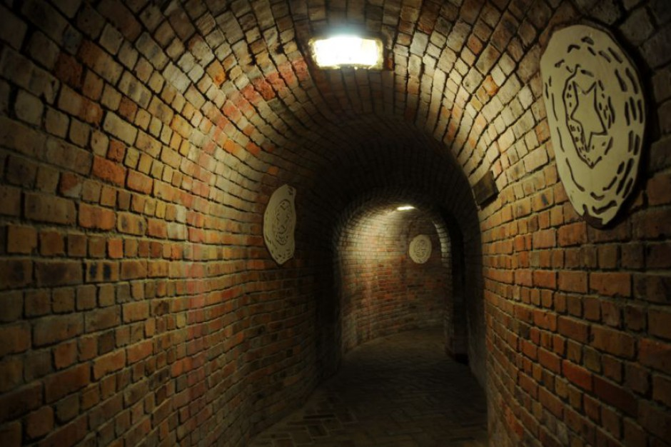 Podziemna Trasa Turystyczna w Sandomierzu znów otwarta dla turystów