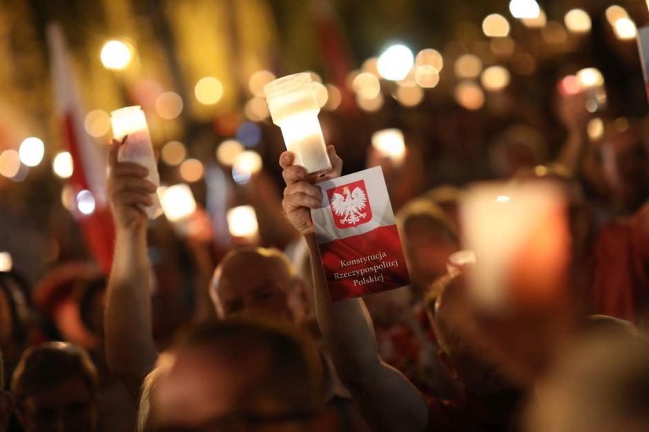 W miastach Polski nadal protestowano o ostatnie weto: Warszawa, Gdańsk, Lublin, Białystok, Łódź