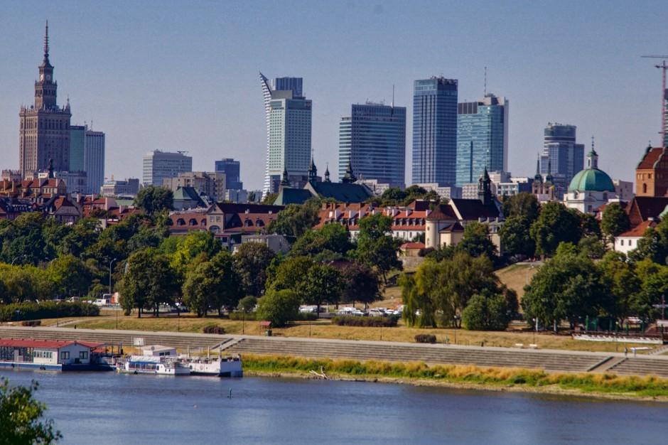 Reprywatyzacja: Komisja uchyliła decyzję w sprawie działki Chmielna 70