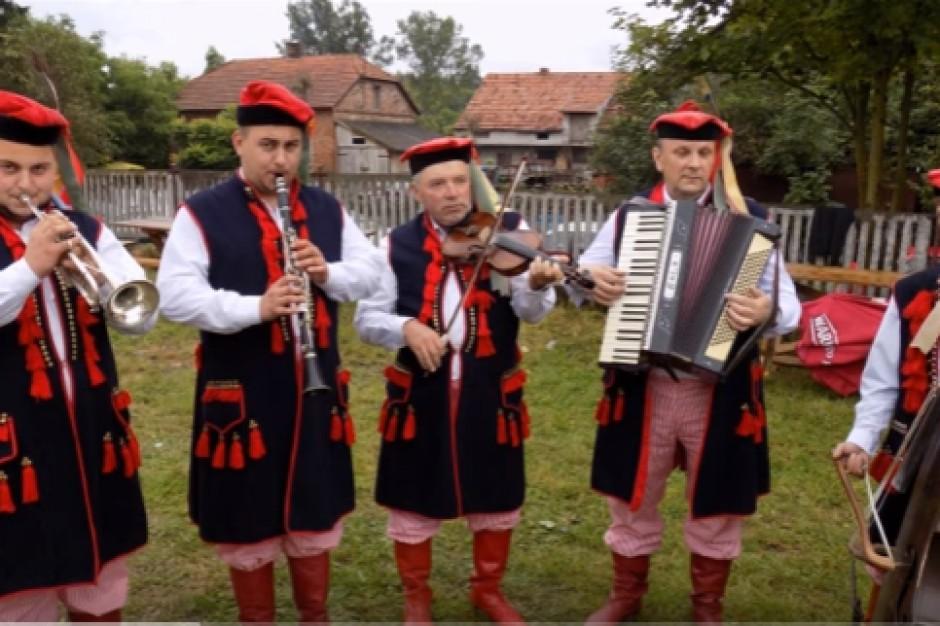 Świętokrzyskie: 1 mln zł trafi na wieś w ramach programu Odnowa Wsi Świętokrzyskiej
