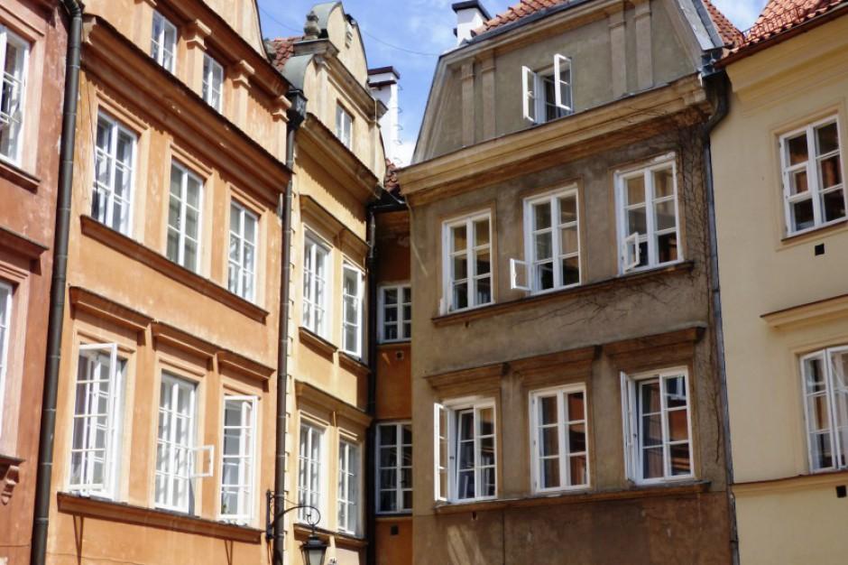 Reprywatyzacja w Warszawie: Ratusz zapewnia, że sprawdzał stan posiadania. Tylko jak?