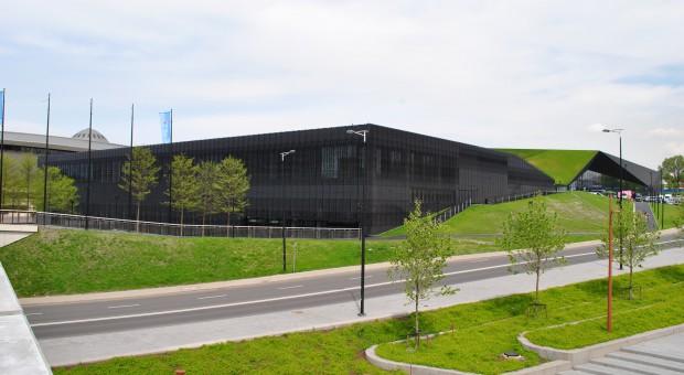 Międzynarodowe Centrum Kongresowe (MCK) w Katowicach, budynek będący inwestycją nagrodzoną w XVII edycji omawianego plebiscytu, źródło: wikimedia.org/CC