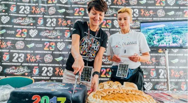 Marszałek Elżbieta Polak z aktorka Joanną Brodzik w strefie woj. lubuskiego (fot.MOS/lubuskie.pl)