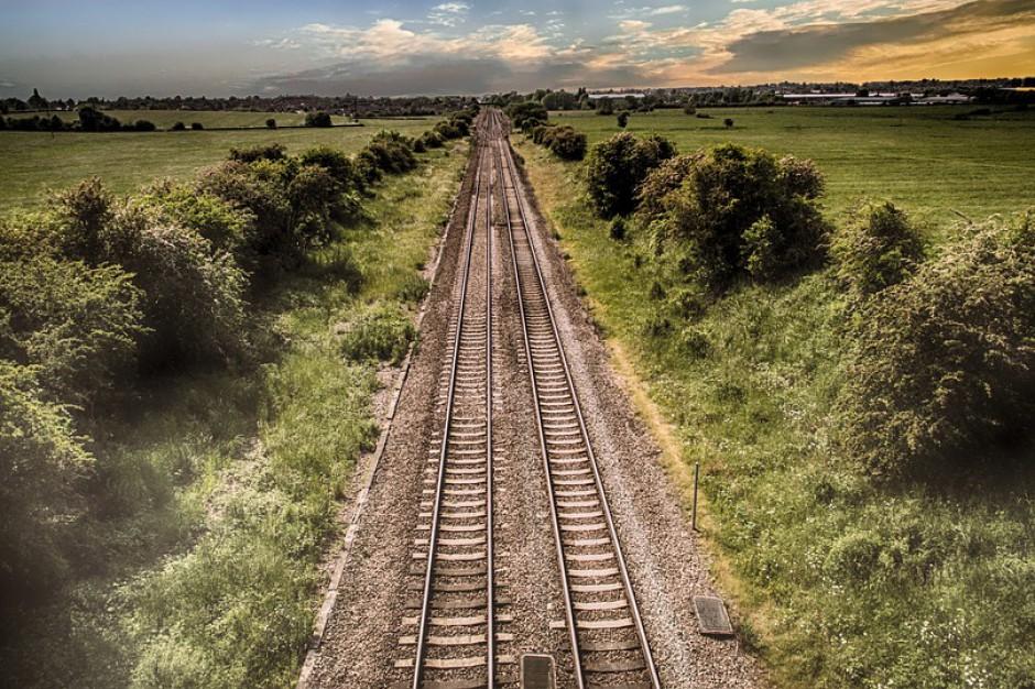 Utrudnienia na kolei. W Myszkowie wykoleił się wagon pociągu