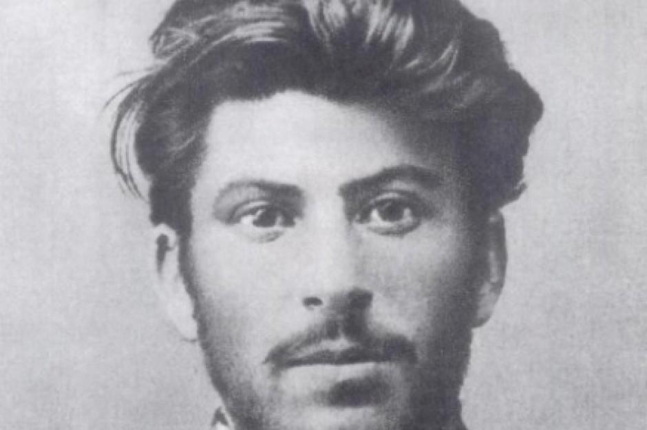 Wpadka urzędników na Helu: Promowali rocznicę Powstania Warszawskiego plakatami ze Stalinem