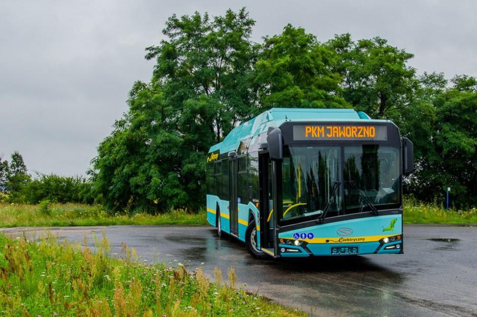 Na polskie ulice wyjadą autobusy bez kierowców? Prezydent prowadzi rozmowy