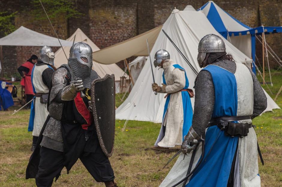 600 wojów i rzemieślników przybędzie do Karpackiej Troi