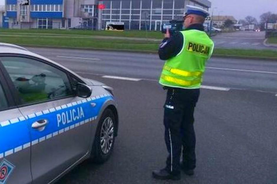 Długi weekend: Policja apeluje o ostrożność na drogach