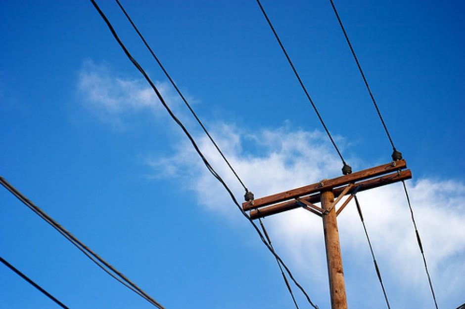 Prezes Enei Operator: systematycznie spada liczba gospodarstw bez prądu