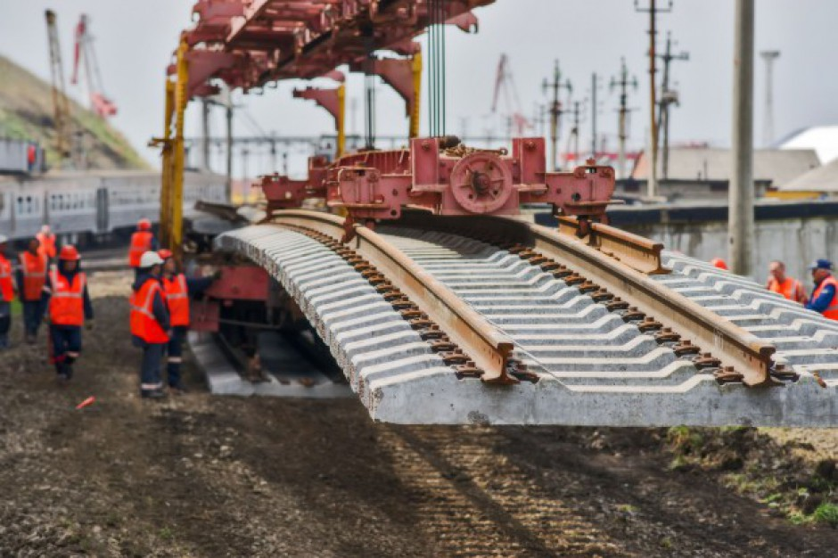 Ile kosztują tory kolejowe?