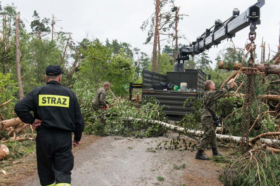 Wojewoda pomorski przekazał 17 gminom ponad 4,2 mln zł na zasiłki celowe