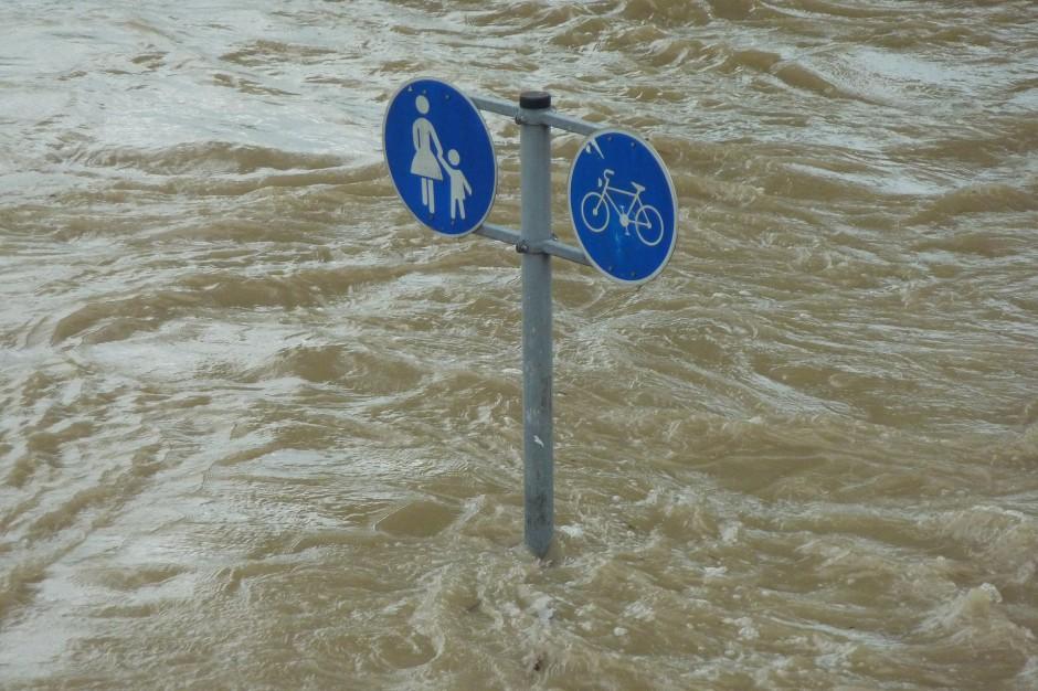 Intensywne opady deszczu: Przekroczone stany ostrzegawcze