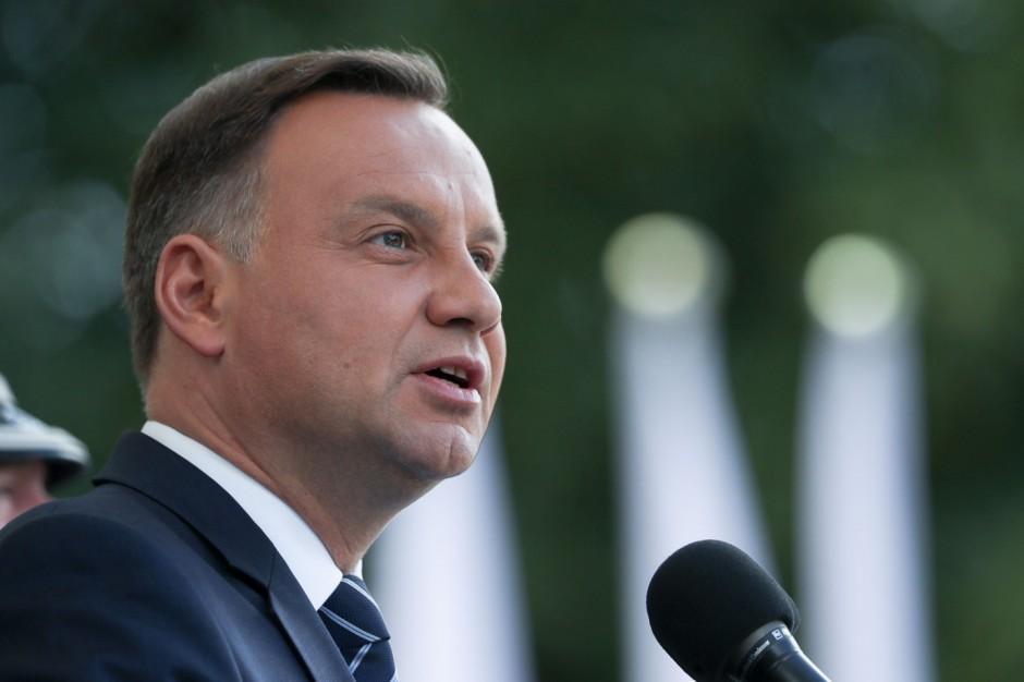 Prezydent odbierze przyznane w PRL-u ordery