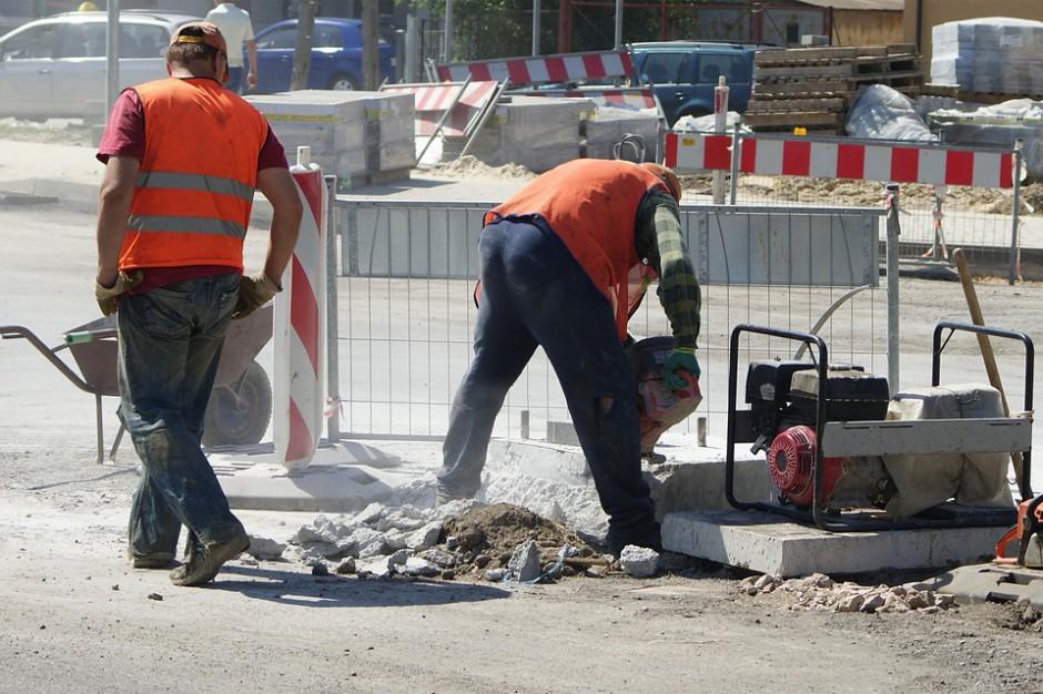 Łomża: 30 mln zł z UE na budowę i przebudowę dróg w mieście
