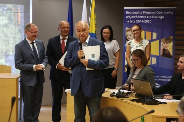 Opolskie: województwo przekazało szpitalom 58 mln zł na inwestycje