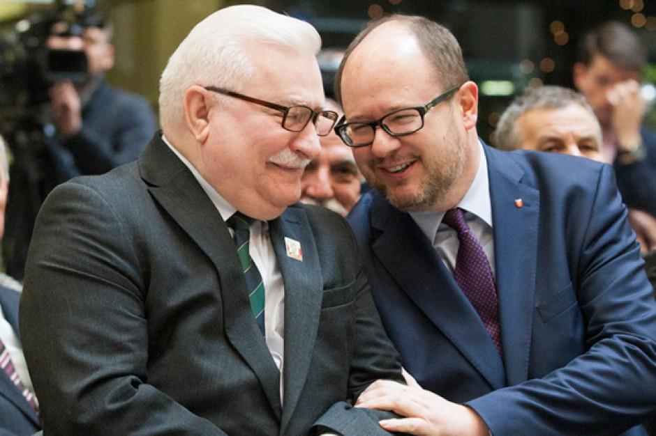 Prezydent Adamowicz nie zgadza się na zakaz zgromadzeń na placu Solidarności