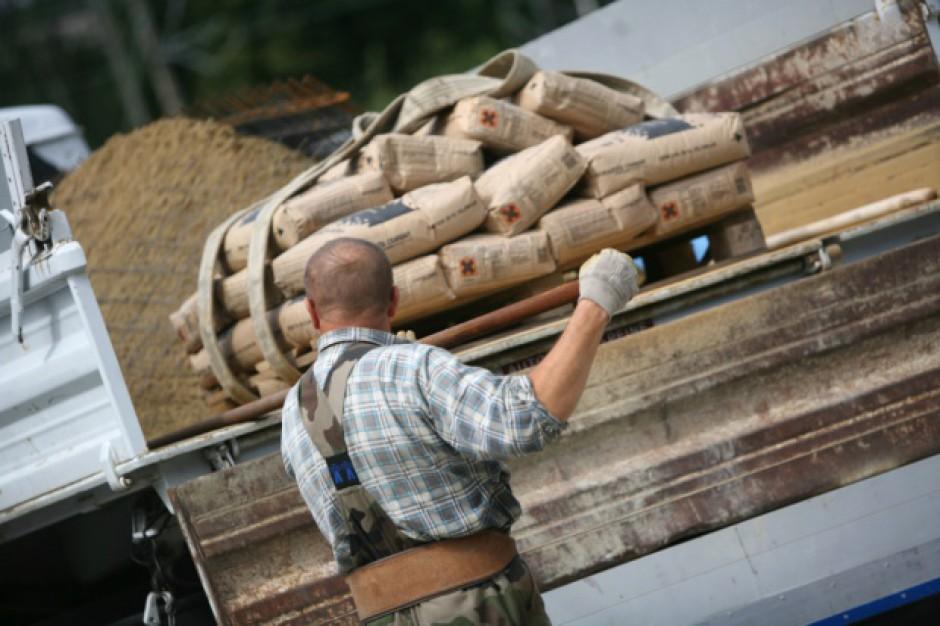 Zerowa stawka VAT na materiały budowlane darowane poszkodowanym w nawałnicach