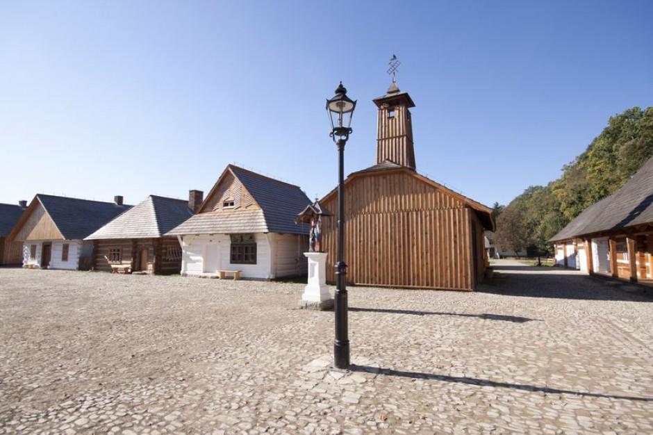 W Sanoku odtwarzają XVIII-wieczną synagogę z Połańca