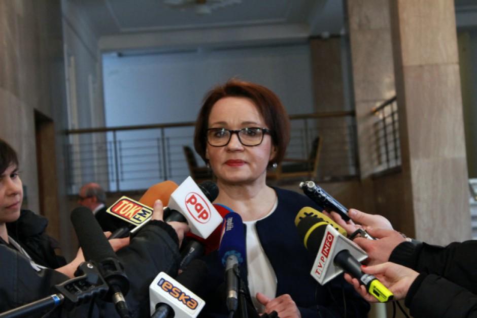 Anna Zalewska: dodatek 500 plus ma motywować nauczycieli dyplomowanych