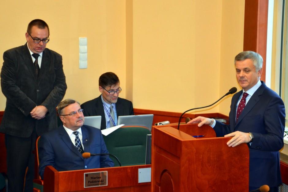 Warmińsko-mazurskie. Sejmik przyznał 250 tys. zł pomocy gminie z pomorskiego
