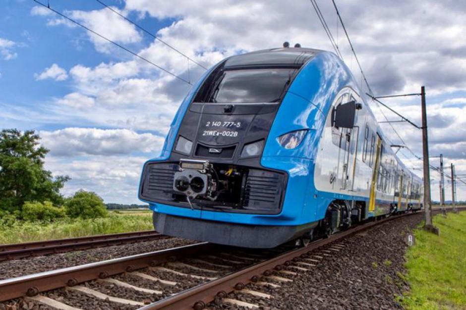 Koleje Śląskie zachęcają studentów do dojazdów pociągiem