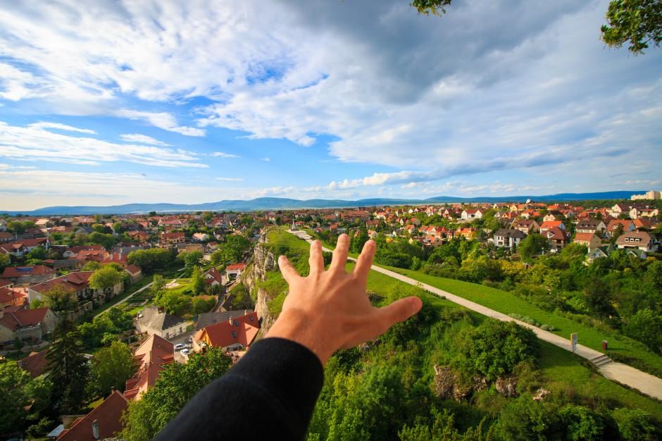 Suburbanizacja: Mieszkańcy uciekają z dużych miast