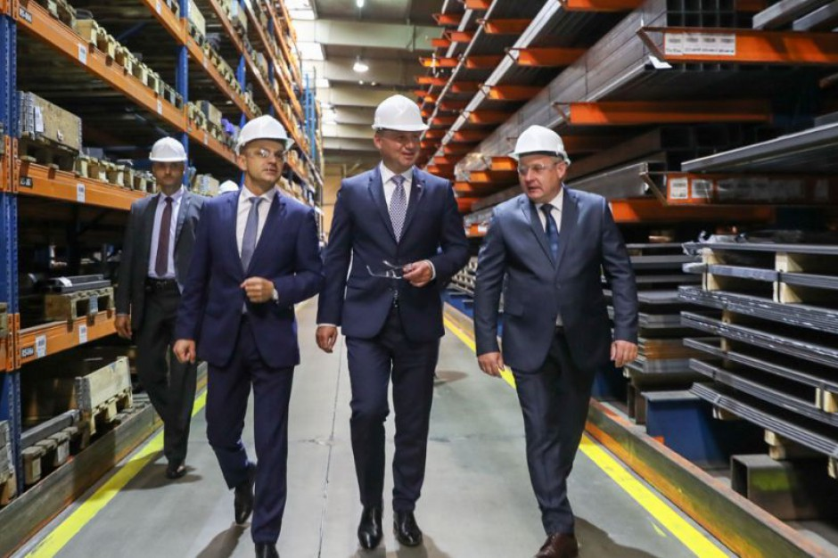 Prezydent Andrzej Duda: Wielton dowodem pięknego rozwoju Wielunia