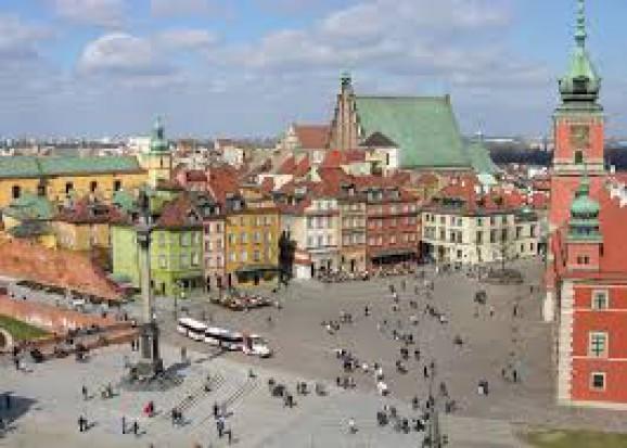 Warszawa: Zmiany w ochronie zabytków budzą sprzeciw mieszkańców