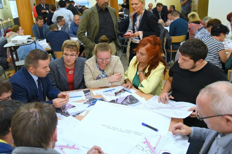 Tłumy na konsultacjach w Poznaniu