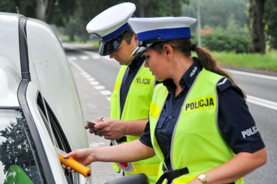 Policjanci będą mieć kamery na mundurach. Rusza pilotażowy program