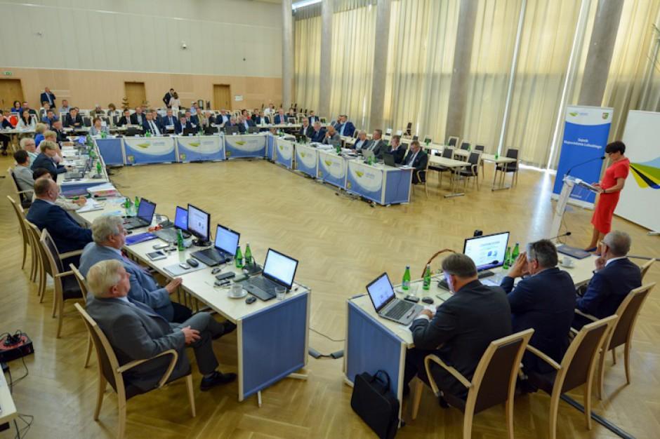 Lubuskie: Radni jednogłośni za udzieleniem 100 tys. zł pomocy gminie Sulęczyno