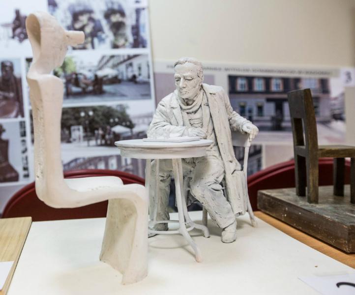 Tak będzie wyglądać rzeźba Witolda Gombrowicza (fot.radom.pl)