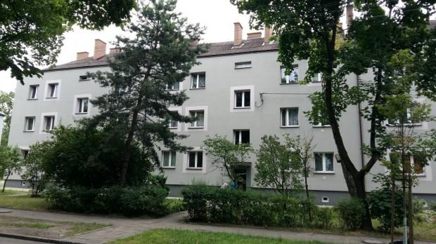 Budynek mieszkalny na osiedlu Juliusz, który zostanie poddany energomodernizacji (fot.mat.pras.)