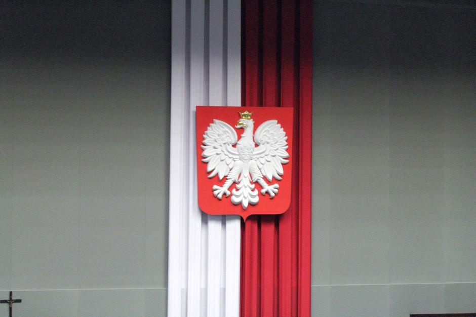 Sejm: Nowoczesna i PSL za odrzuceniem projektu o pracownikach samorządowych
