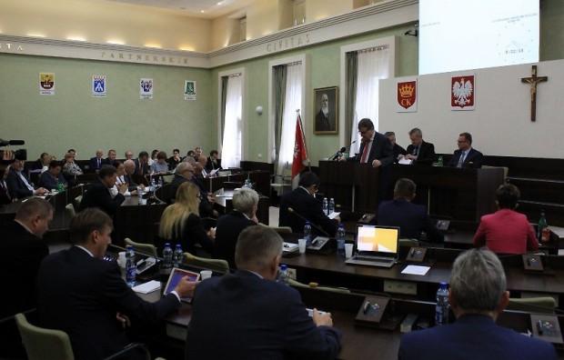 WOT w Kielcach: Siedziba wojsk podzieliła radnych